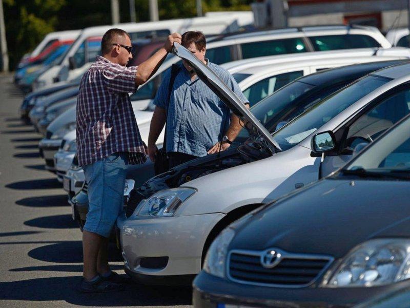 Покупка подержанного автомобиля: полезные советы