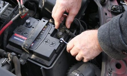 Как самостоятельно заменить аккумулятор?
