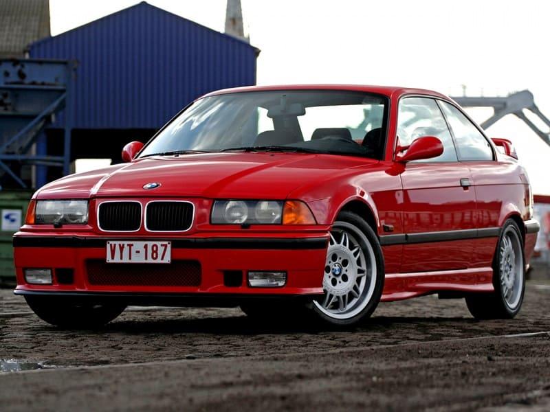 BMW 3 в кузове E36 (е36), третье поколение БМВ 3-й серии. Автомобиль - мечта!